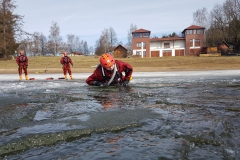 Záchrana ze zamrzlých vodních ploch